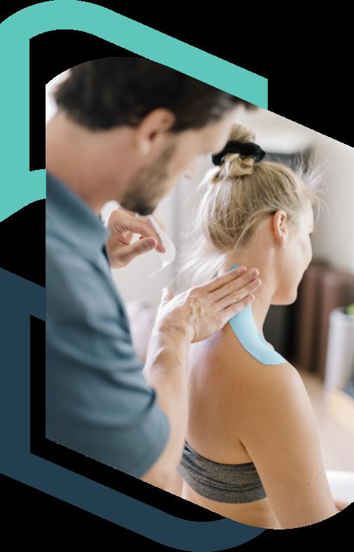 Osteopath neck treatment